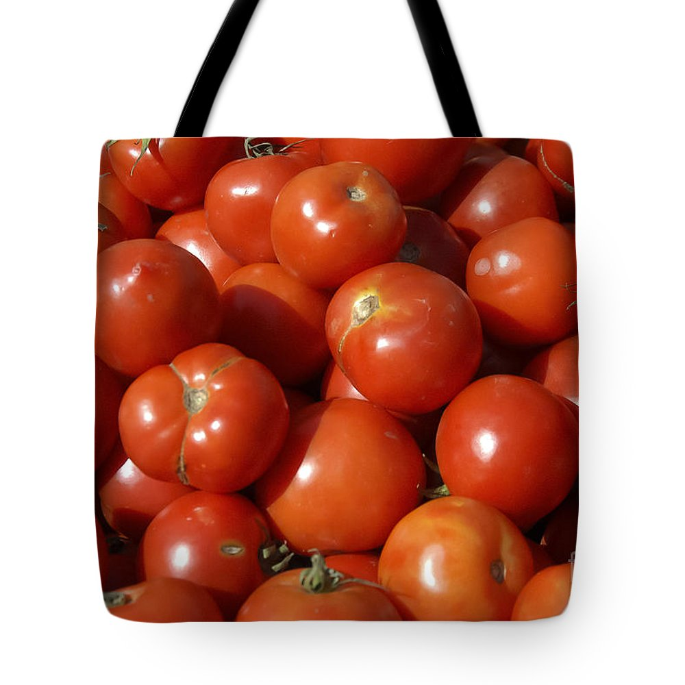 Fruit And Vegetable Market Safranbolu Turkey Food Foods Fruits Markets Vegetables Tomato Tomatoes Fruits Tote Bag featuring the photograph Ripe Tomatoes by Bob Phillips