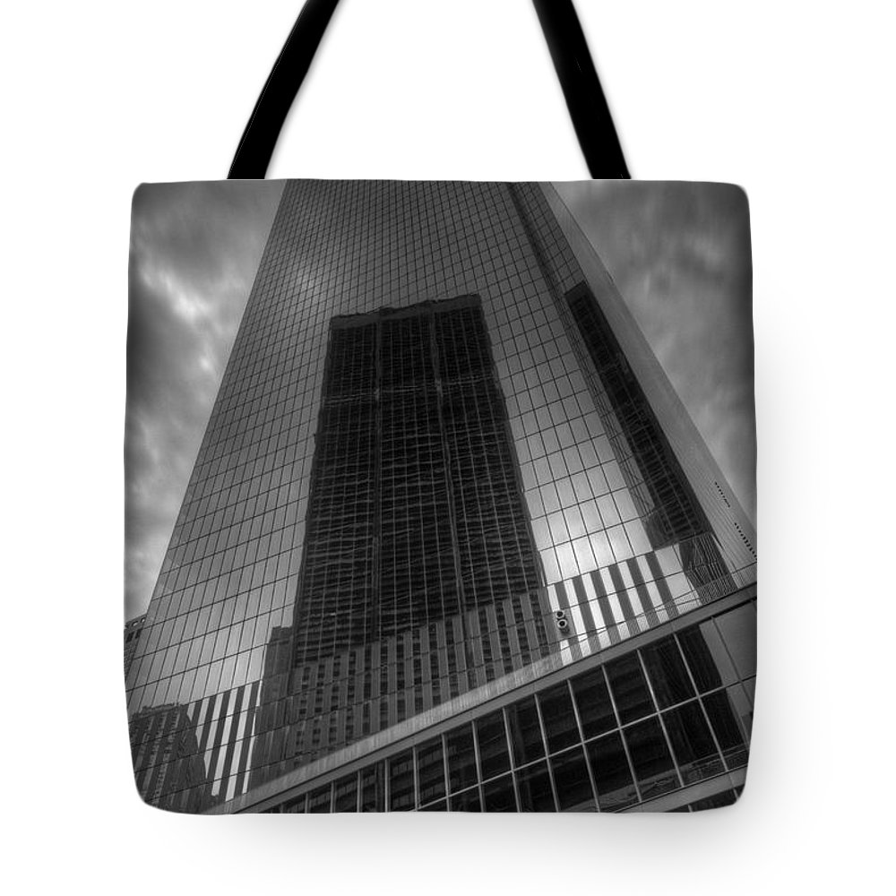 World Trade Center Tote Bag featuring the photograph Rise Again by Jonathan Davison