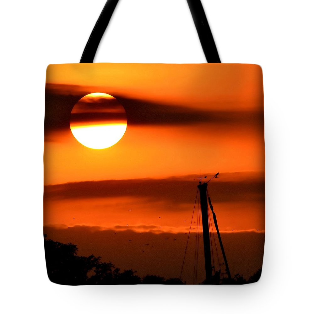 Sunrise Tote Bag featuring the photograph Rise And Shine by Deena Stoddard