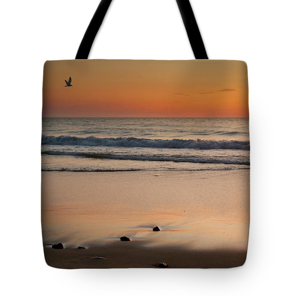 Cape Cod National Seashore Tote Bag featuring the photograph Rising Sun by Bill Wakeley