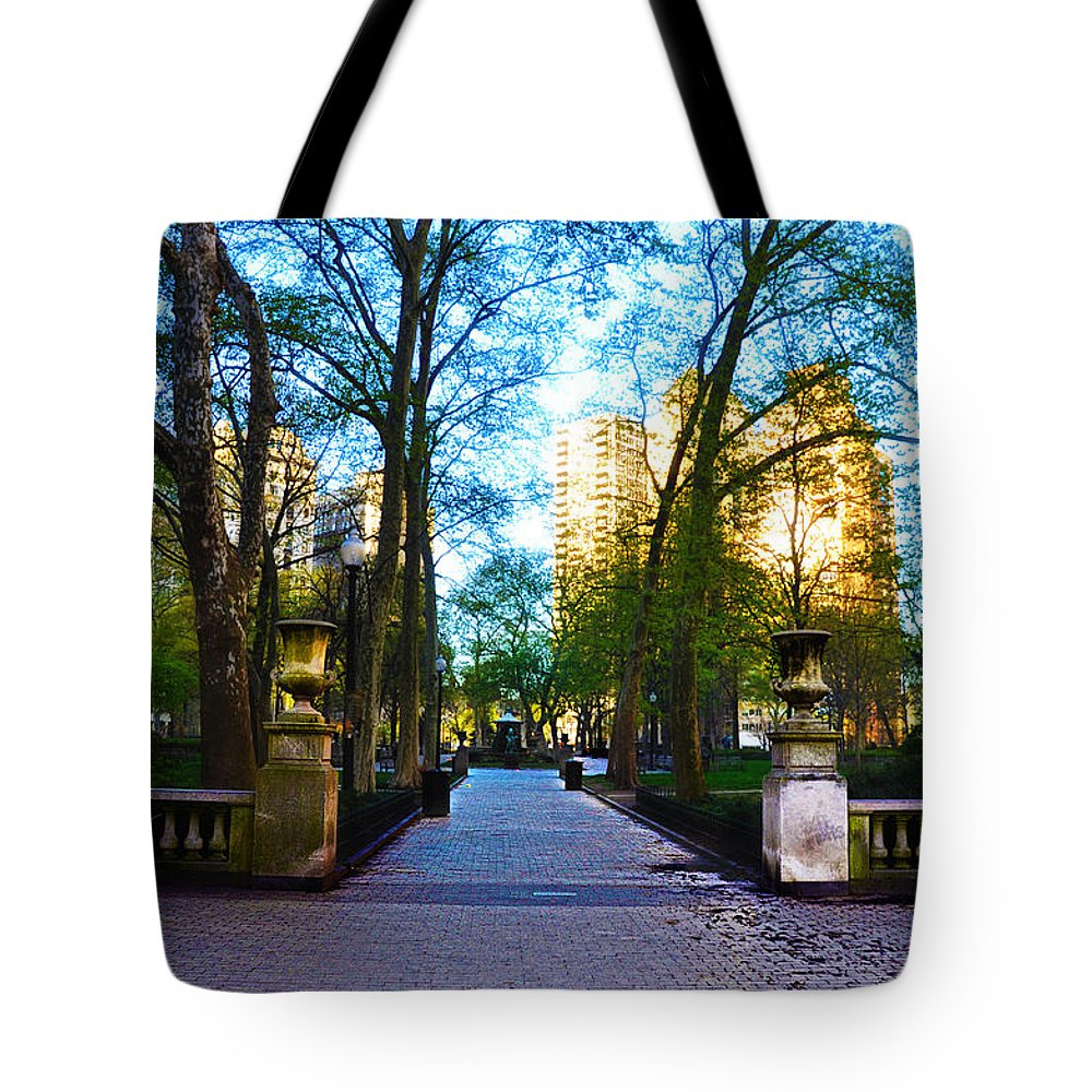 Rittenhouse Tote Bag featuring the photograph Rittenhouse Square Park by Bill Cannon