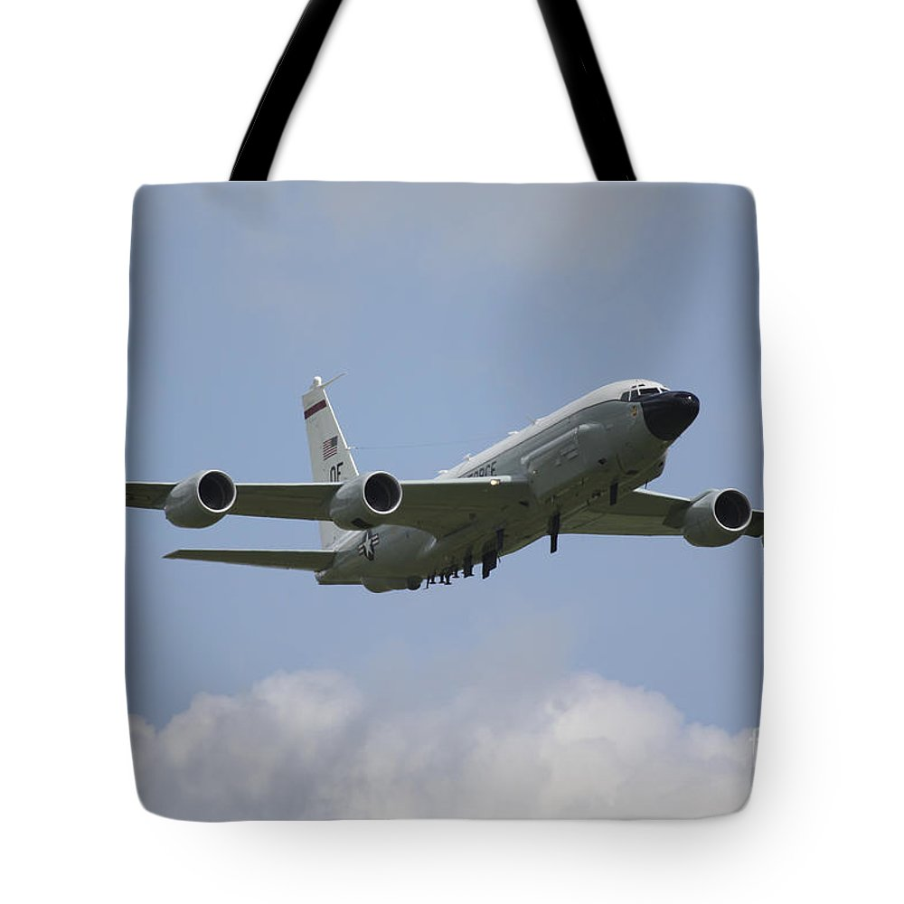 Boeing Rc135 Tote Bag featuring the photograph Rivet Joint by J Biggadike