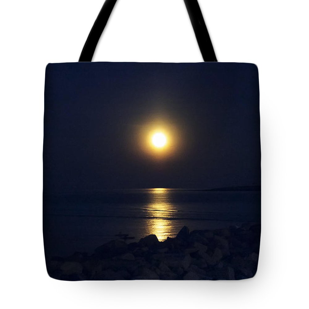 Full Moon Tote Bag featuring the photograph Rockport Moonrise by David Stone