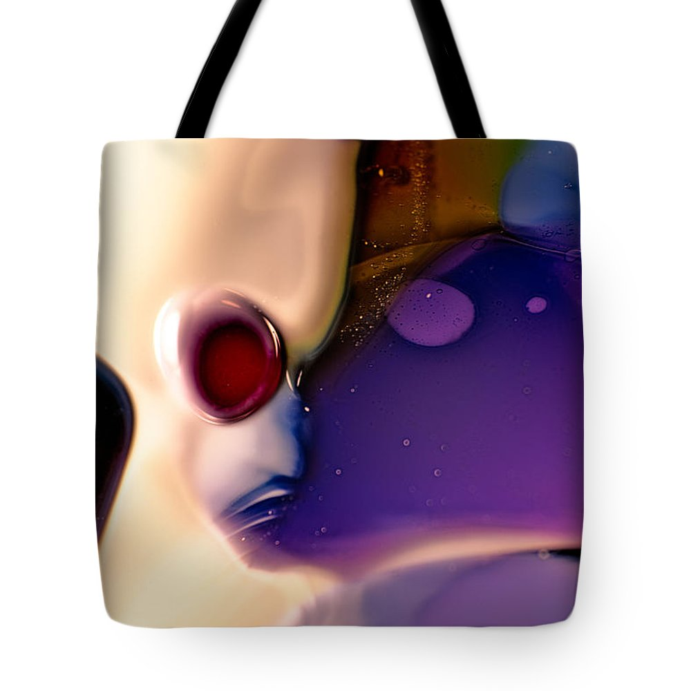 Twisp Tote Bag featuring the photograph Roger by Omaste Witkowski