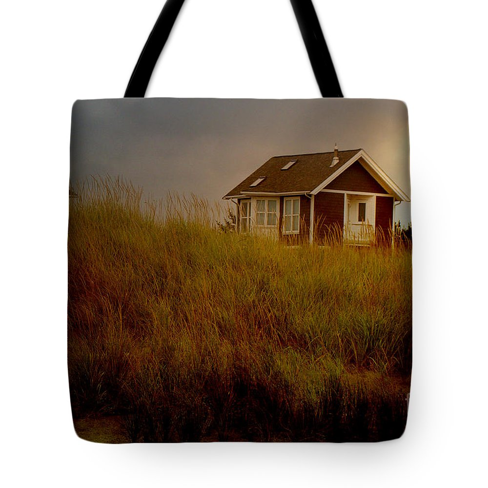 Cabin Photograph Tote Bag featuring the photograph Romantic Beach Getaway by Beverly Guilliams