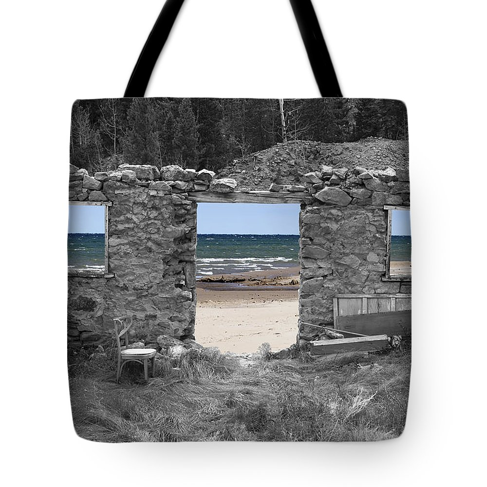 Montages Tote Bag featuring the photograph Room With A View by Greg Wells