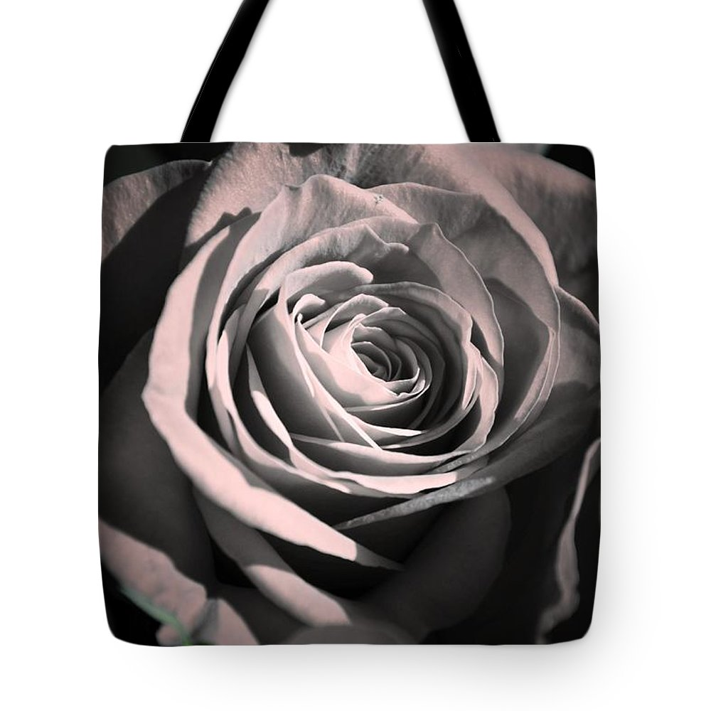 Rose Tote Bag featuring the photograph Rose by Melinda Baugh