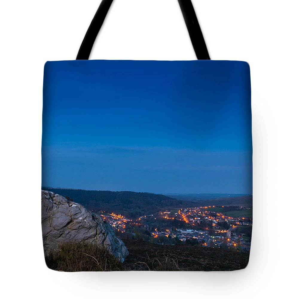 Northumberland Tote Bag featuring the photograph Rothbury Town At Dusk by David Head