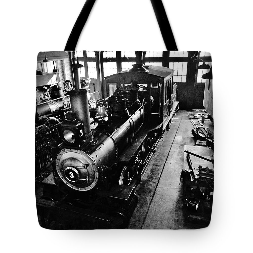 Steam Train Tote Bag featuring the photograph Roundhouse Working No. 3 by Daniel Thompson