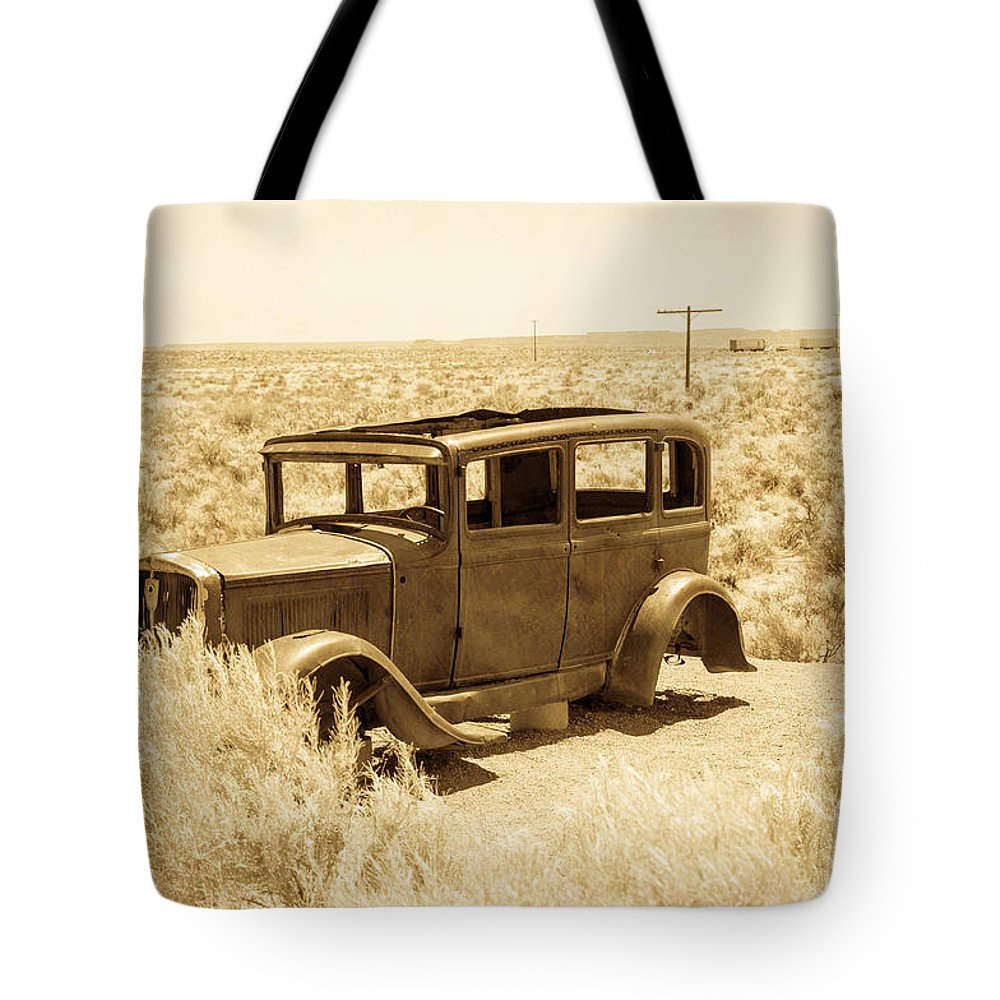 Bob And Nancy Kendrick Tote Bag featuring the photograph Route 66 Relic by Bob and Nancy Kendrick