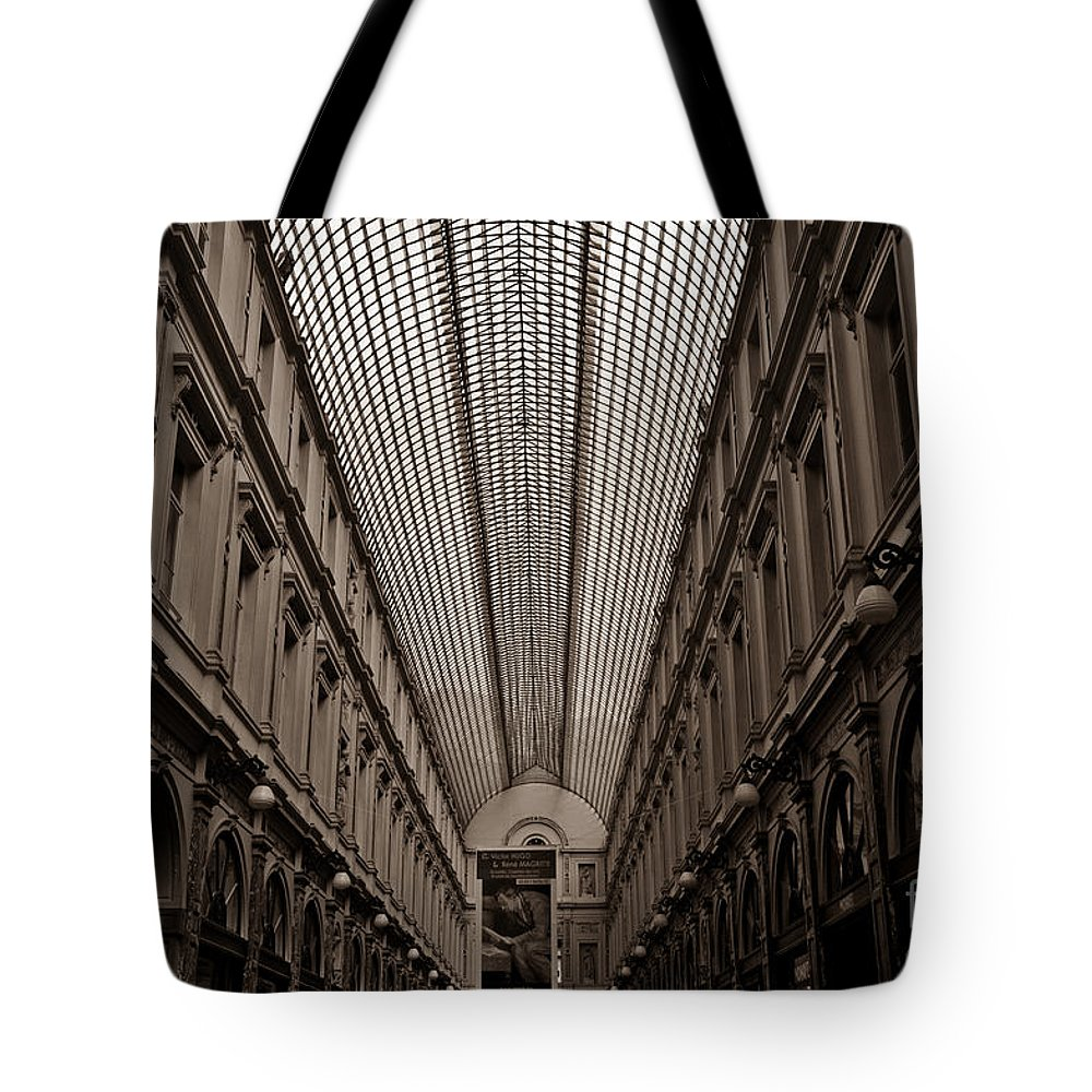 Shopping Arcade Tote Bag featuring the photograph Royal Galleries Of Saint-hubert by Brothers Beerens