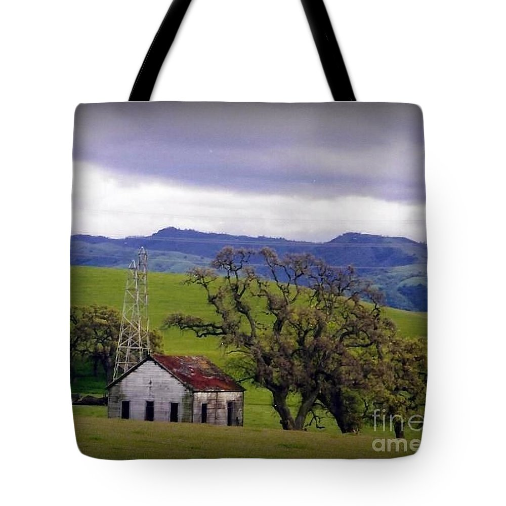 Rustic Tote Bag featuring the photograph Rustic Beauty by Bobbee Rickard