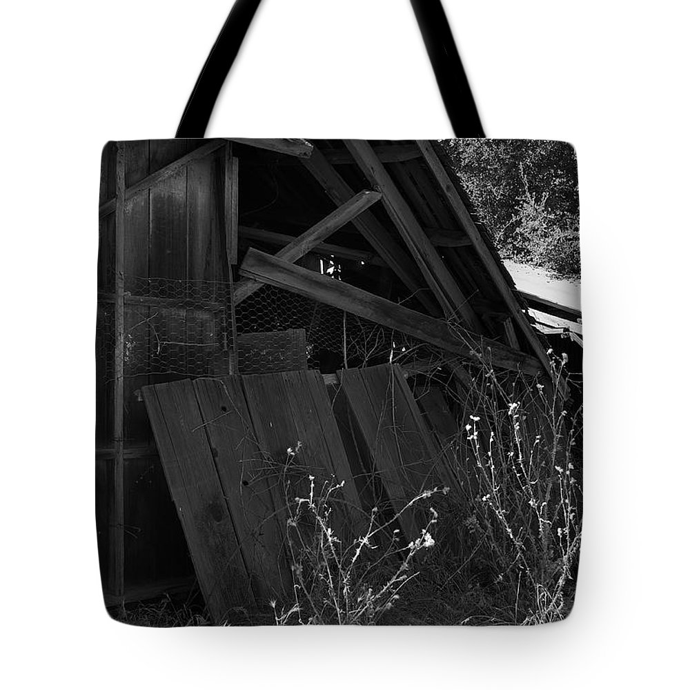 Rustic Tote Bag featuring the photograph Rustic Shed 4 by Richard J Cassato