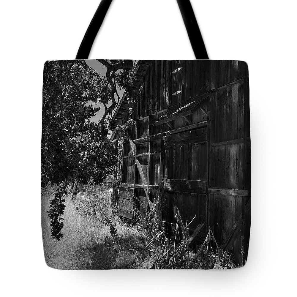 Rustic Tote Bag featuring the photograph Rustic Shed 5 by Richard J Cassato