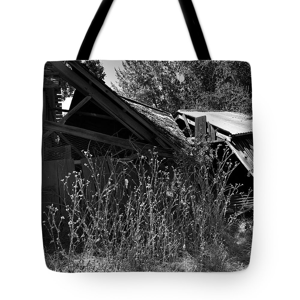 Rustic Tote Bag featuring the photograph Rustic Shed 9 by Richard J Cassato