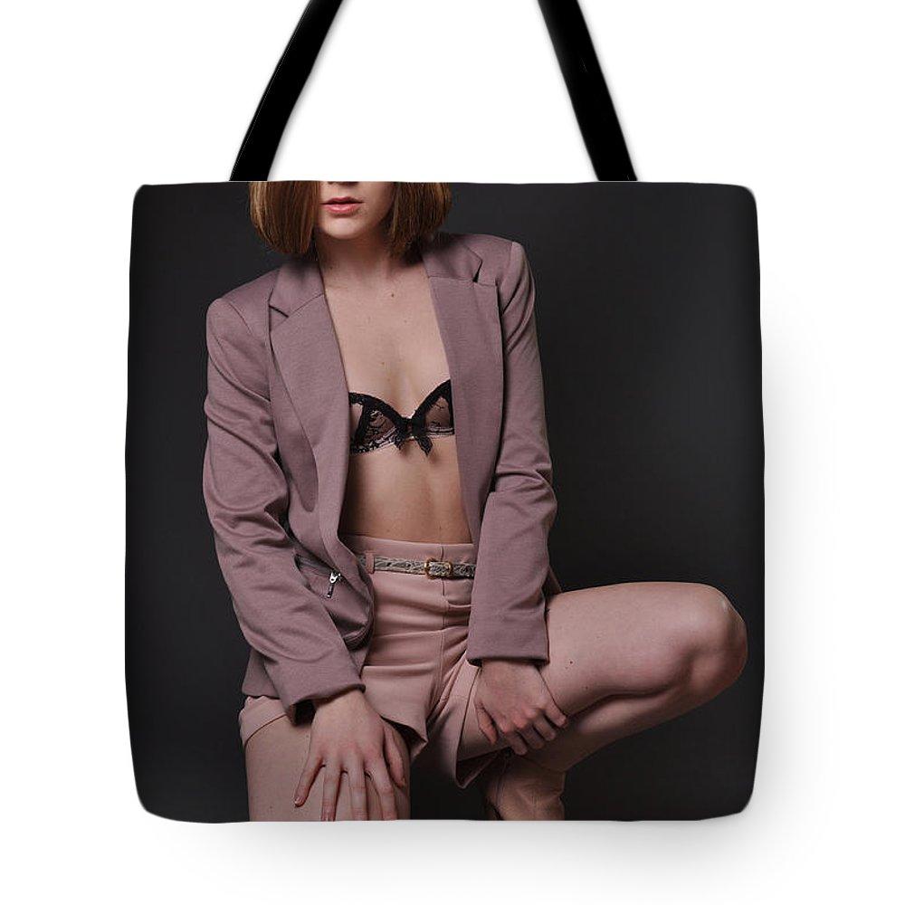 Yhun Suarez Tote Bag featuring the photograph Sabrina25 by Yhun Suarez