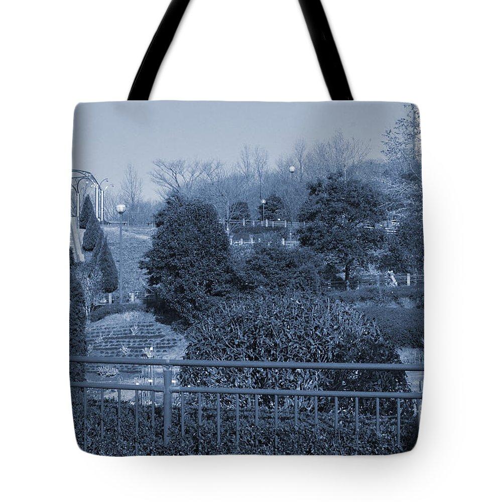 Park Tote Bag featuring the photograph Sagamihara Asamizo Park 16e by Jay Mann