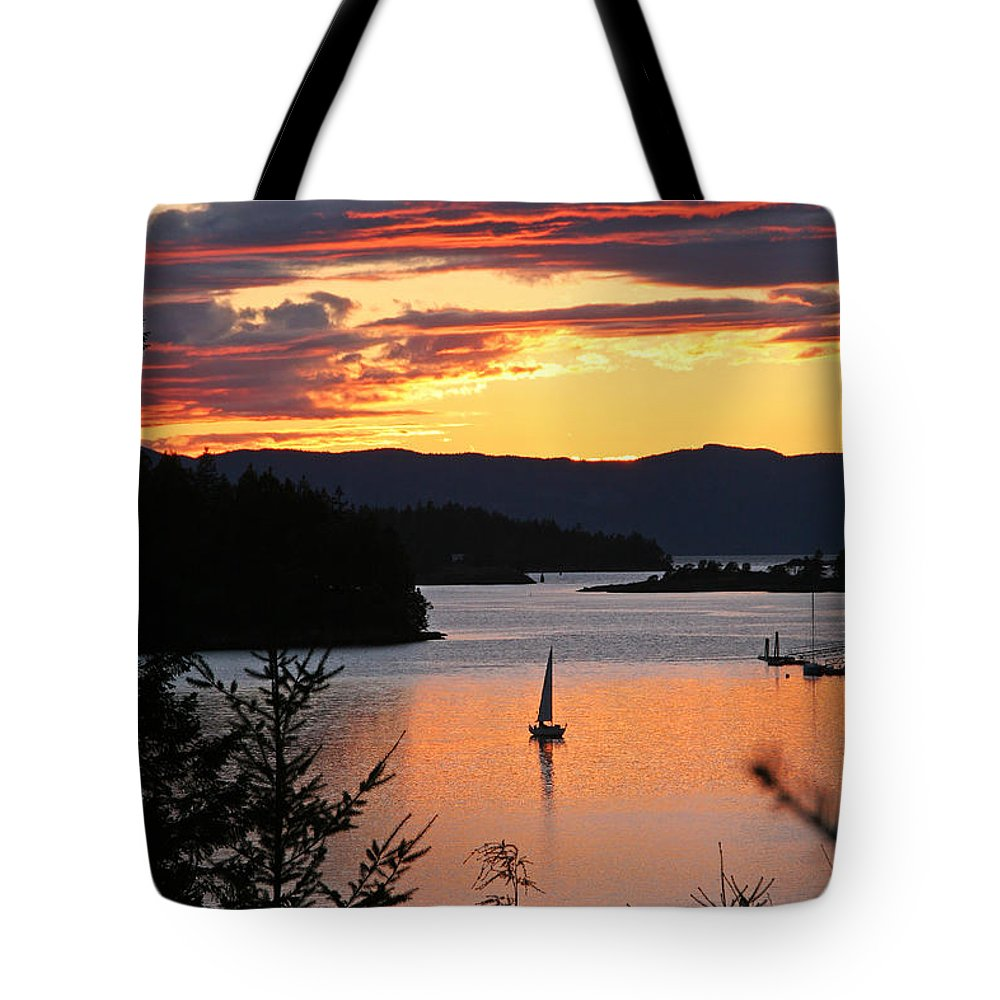 Sailing Tote Bag featuring the photograph Sailing At Sunset by Peggy Collins