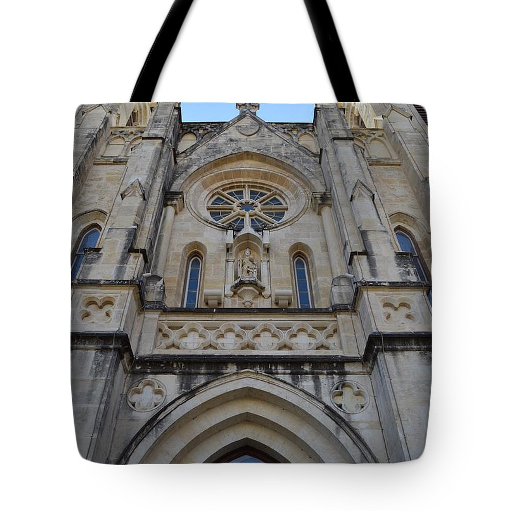 Architecture Tote Bag featuring the photograph San Antonio Church 02 by Shawn Marlow
