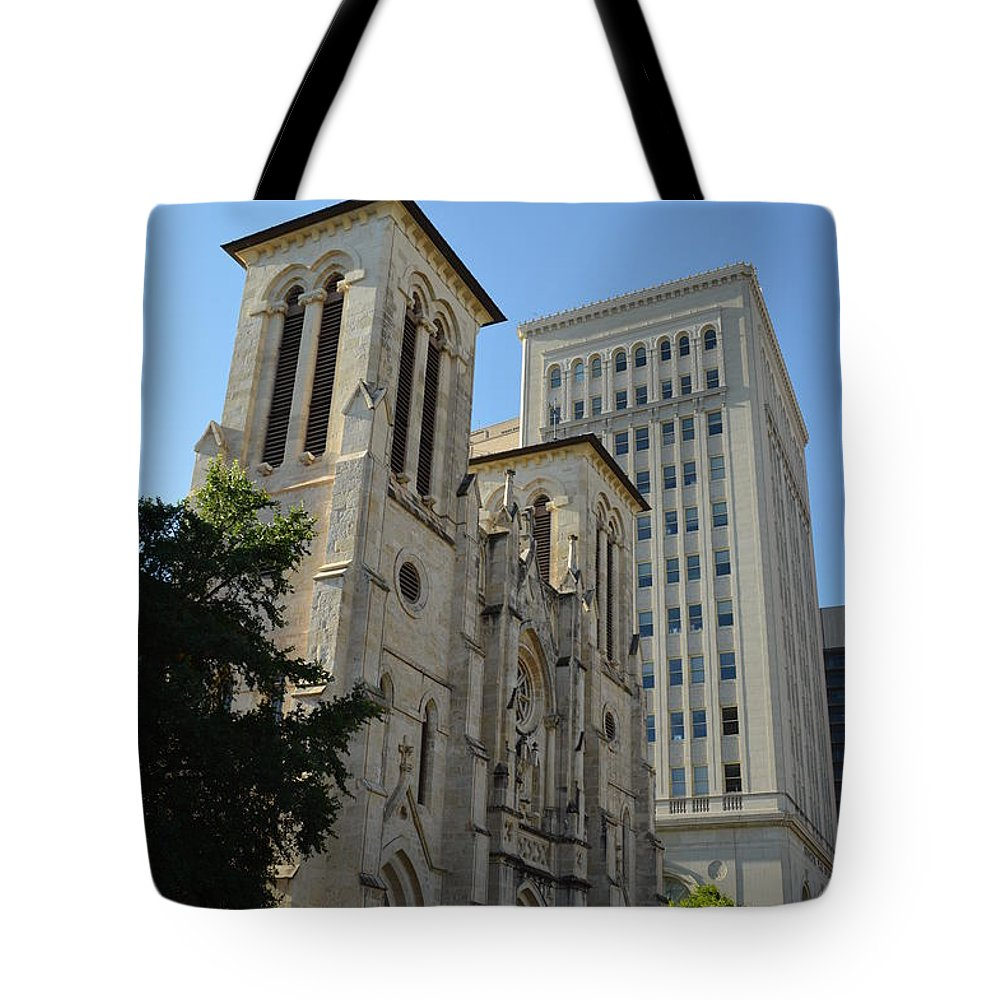 Architecture Tote Bag featuring the photograph San Antonio Church 04 by Shawn Marlow