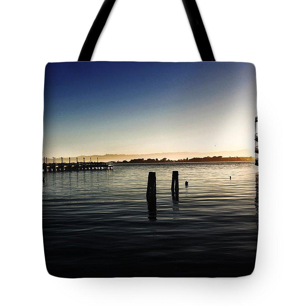 San Francisco Tote Bag featuring the photograph San Francisco Bay by Shawn McMillan