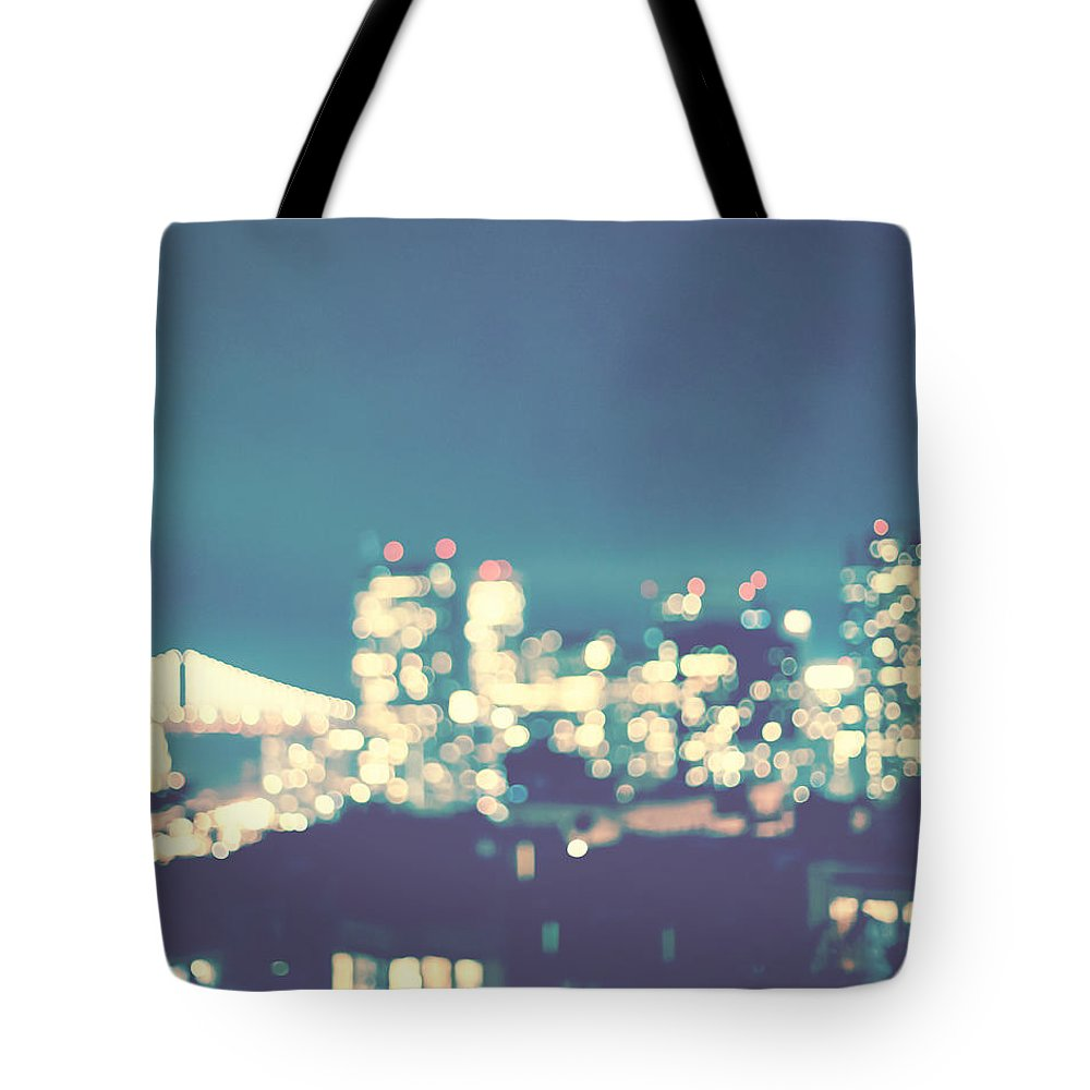 San Francisco Tote Bag featuring the photograph San Francisco Twinkle by Melanie Alexandra Price