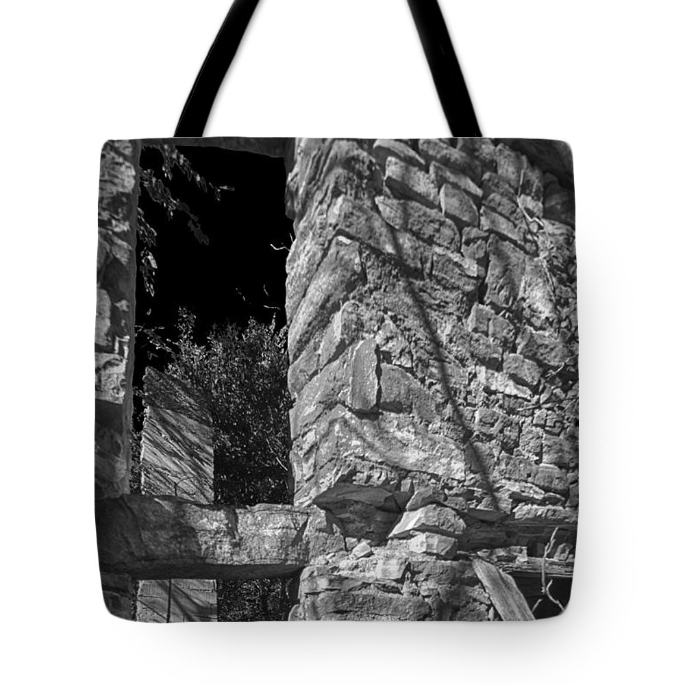 Abandoned Tote Bag featuring the photograph Sandstone Arch Jerome Black And White by Scott Campbell