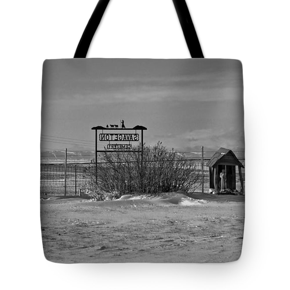 Black And White Tote Bag featuring the photograph Savageton Cemetery Wyoming by Cathy Anderson