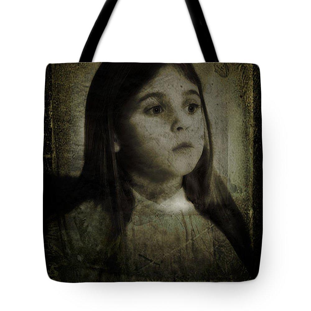 Savannah Tote Bag featuring the photograph Savannah by John Anderson