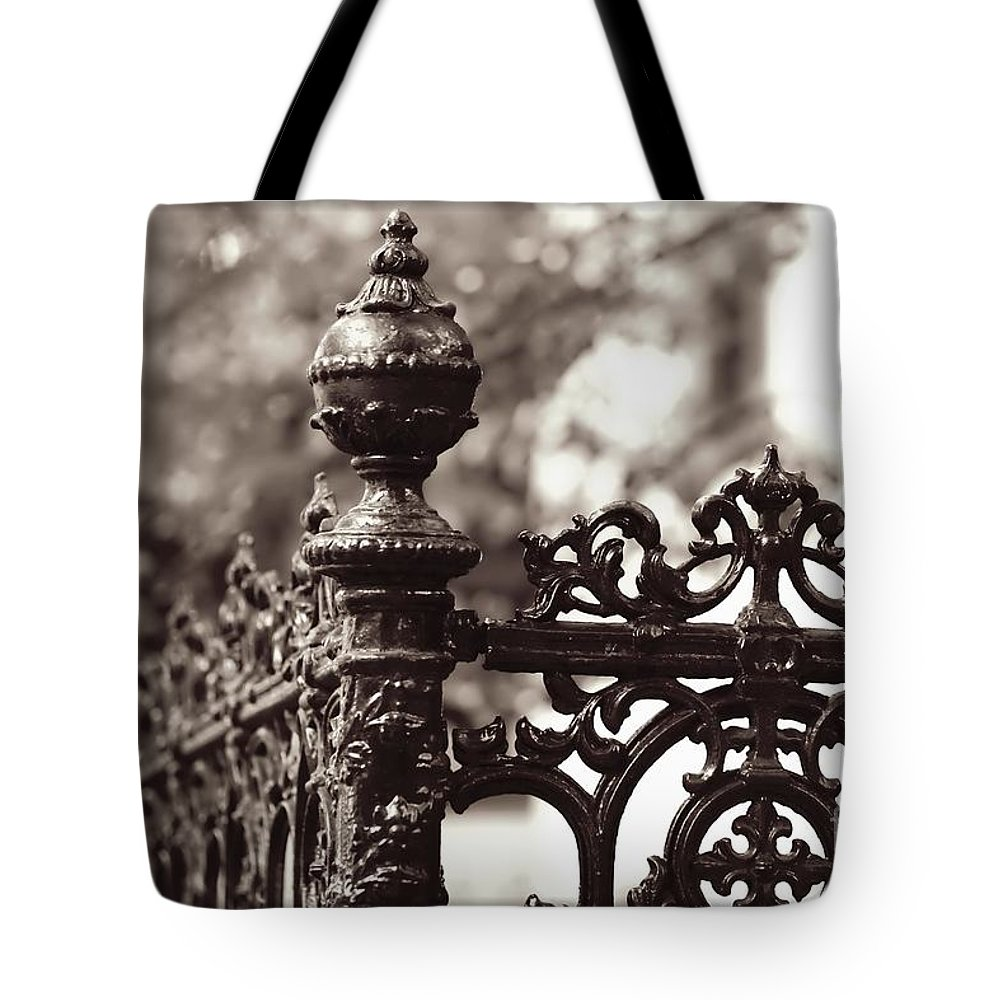 Sepia Tote Bag featuring the photograph Savannah Strong by Carol Groenen