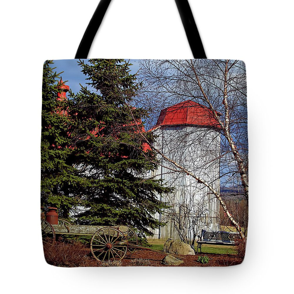 Vermont Tote Bag featuring the photograph Scene In Vermont by Deborah Benoit