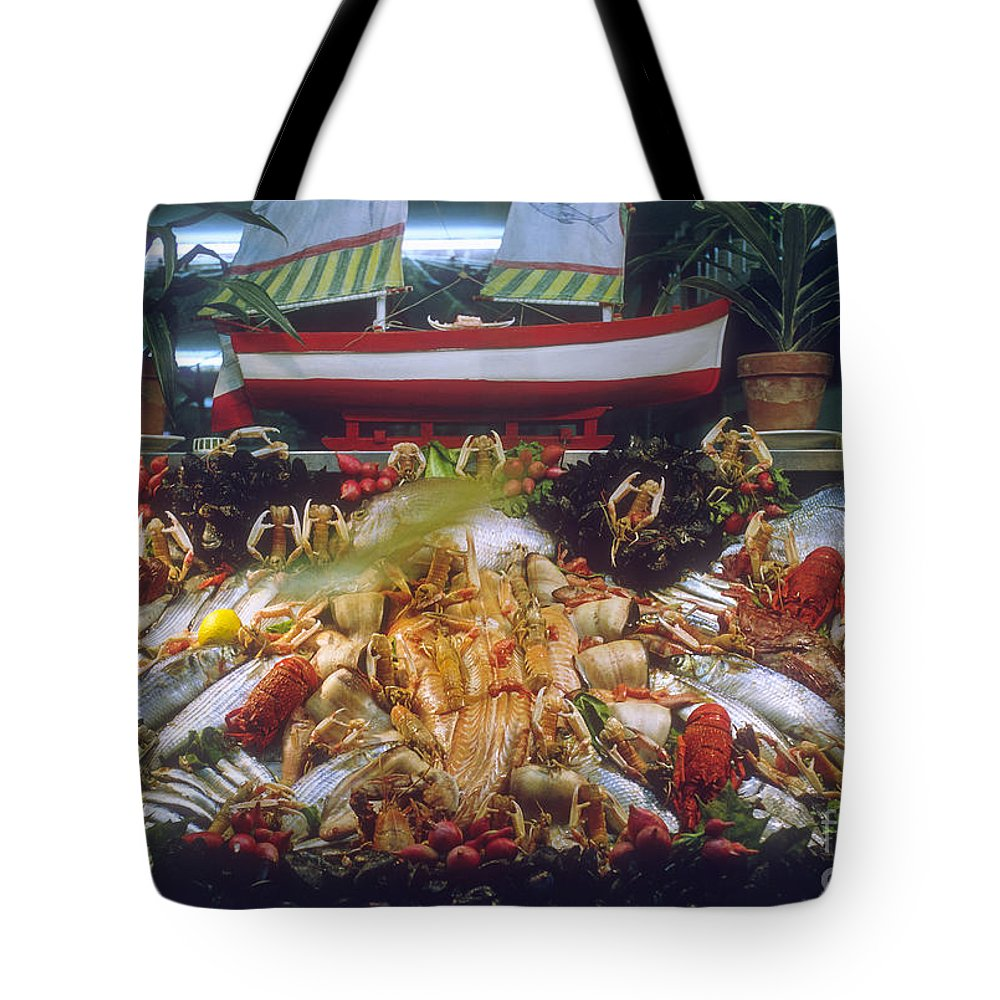 Seafood Restaurant Venice Fish Restaurant Window Windows Display Displays City Cities Cityscape Cityscapes Food Italy Tote Bag featuring the photograph Seafood Restaurant by Bob Phillips