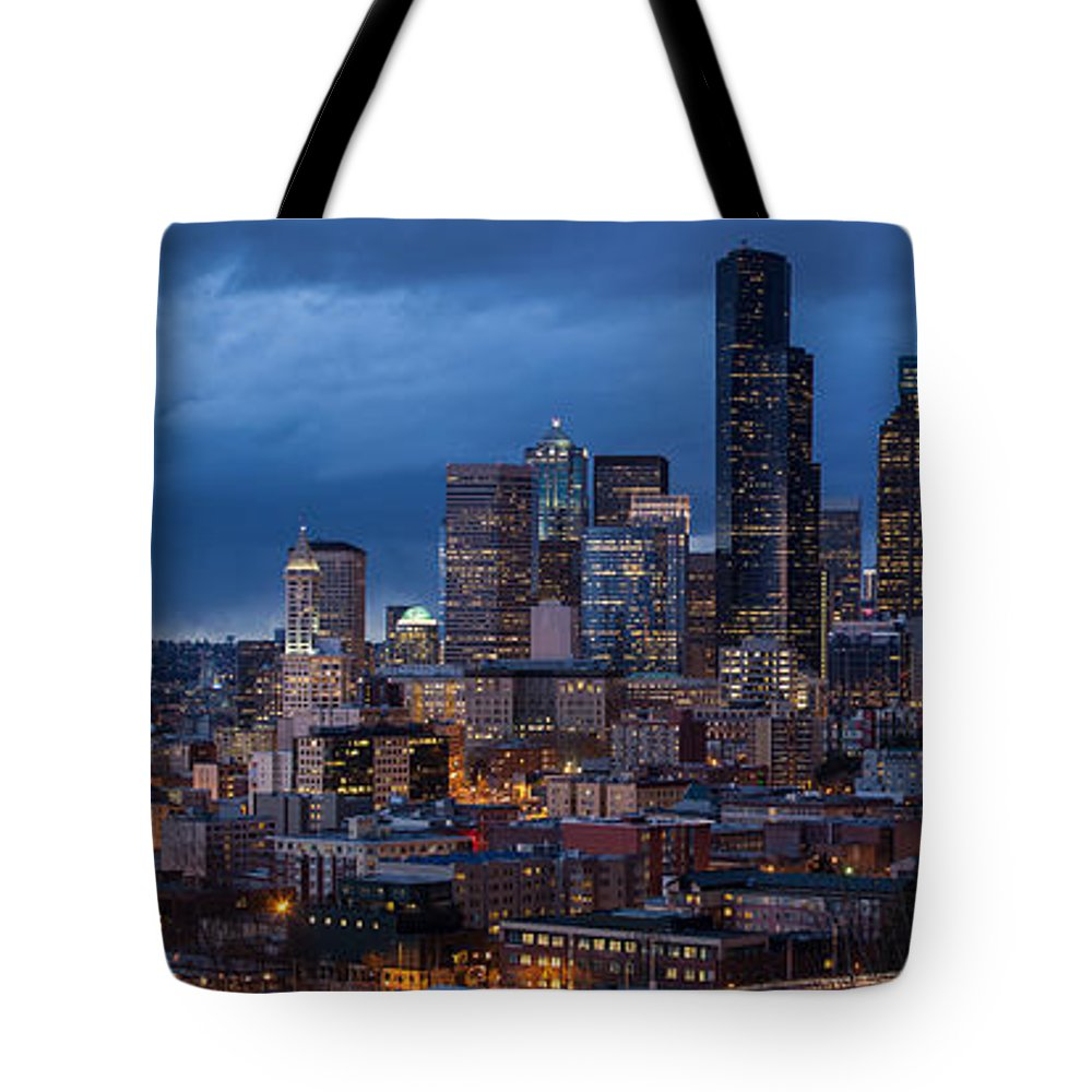 Seattle Tote Bag featuring the photograph Seattle Skyline Evening Drama by Mike Reid
