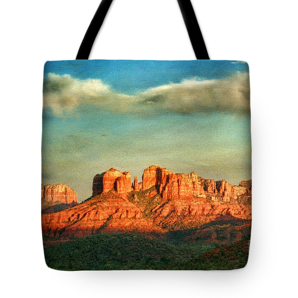 Sedona Tote Bag featuring the photograph Sedona Evening by Claudia Kuhn