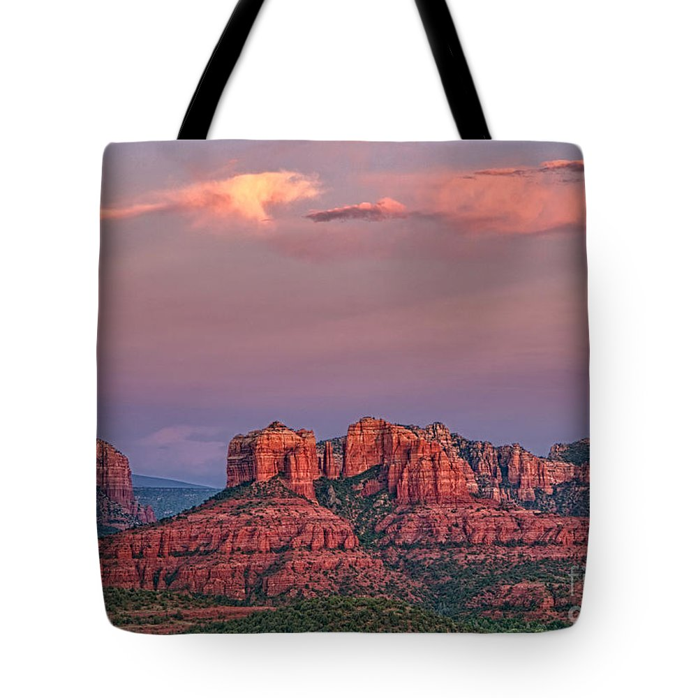 Sedona Tote Bag featuring the photograph Sedona Sunset by Claudia Kuhn