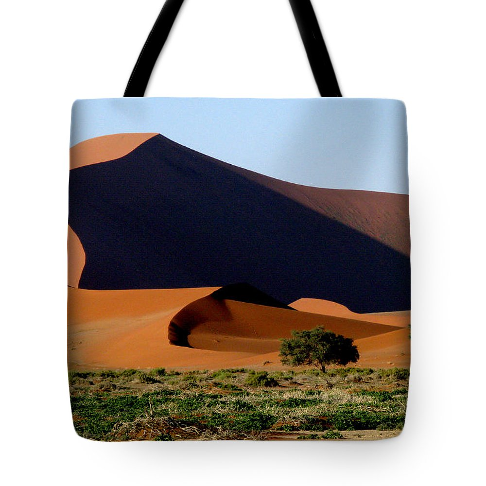 Sossusvlei Tote Bag featuring the photograph Shadowplay by Doug Matthews