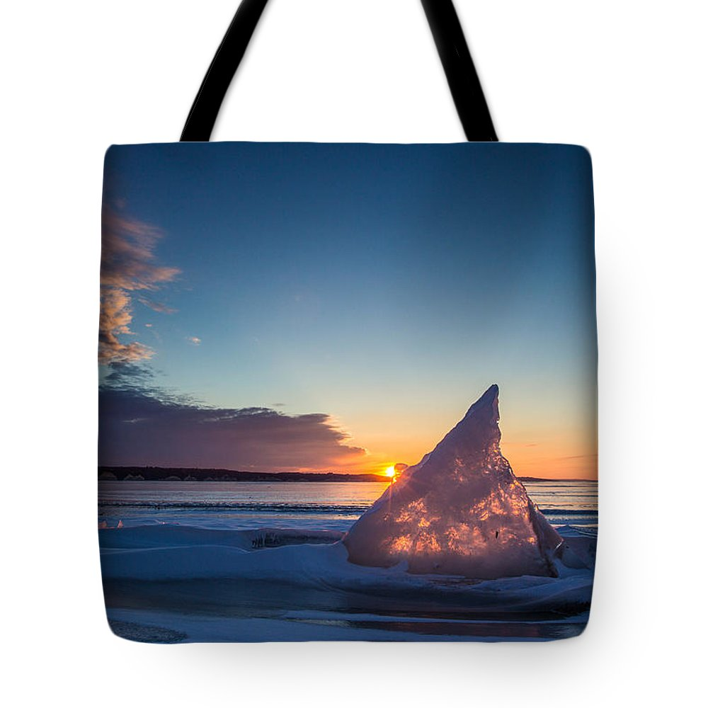 Isce Tote Bag featuring the photograph Shark Fin by Aaron J Groen