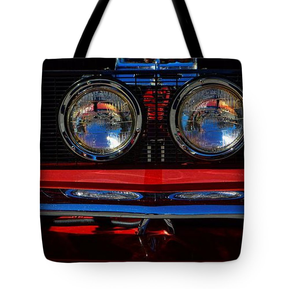 Ford Tote Bag featuring the photograph Shelby Gt 500 Mustang 2 by Tommy Anderson