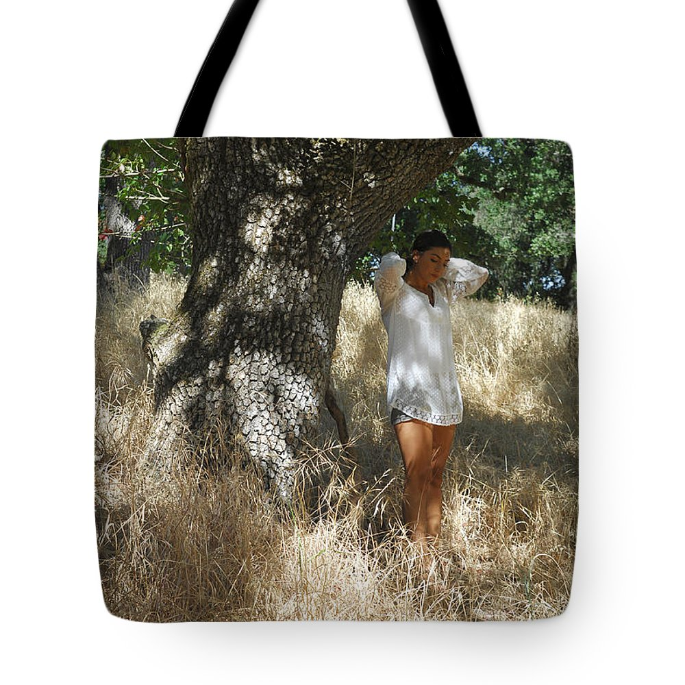 Maiden Tote Bag featuring the photograph Sheltered From The Heat by Donna Blackhall