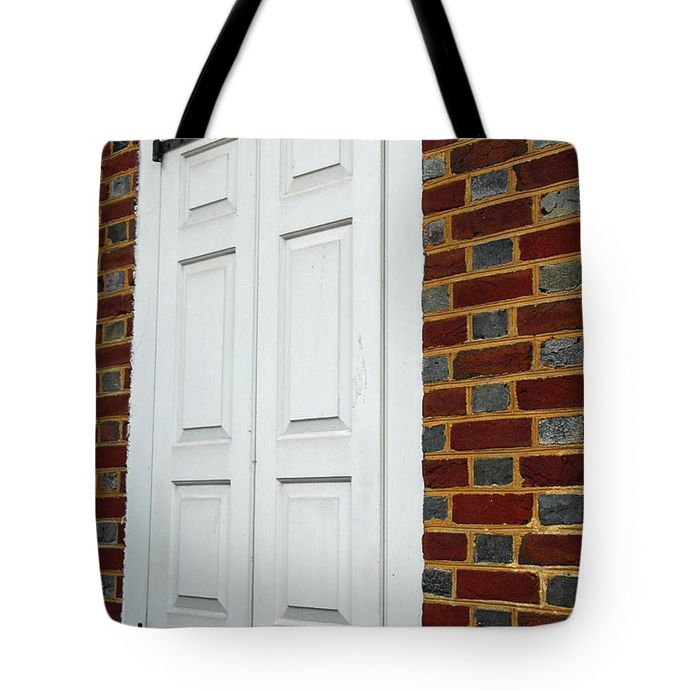 Philadelphia Tote Bag featuring the photograph Shutters At Betsy's House by Cindy Manero