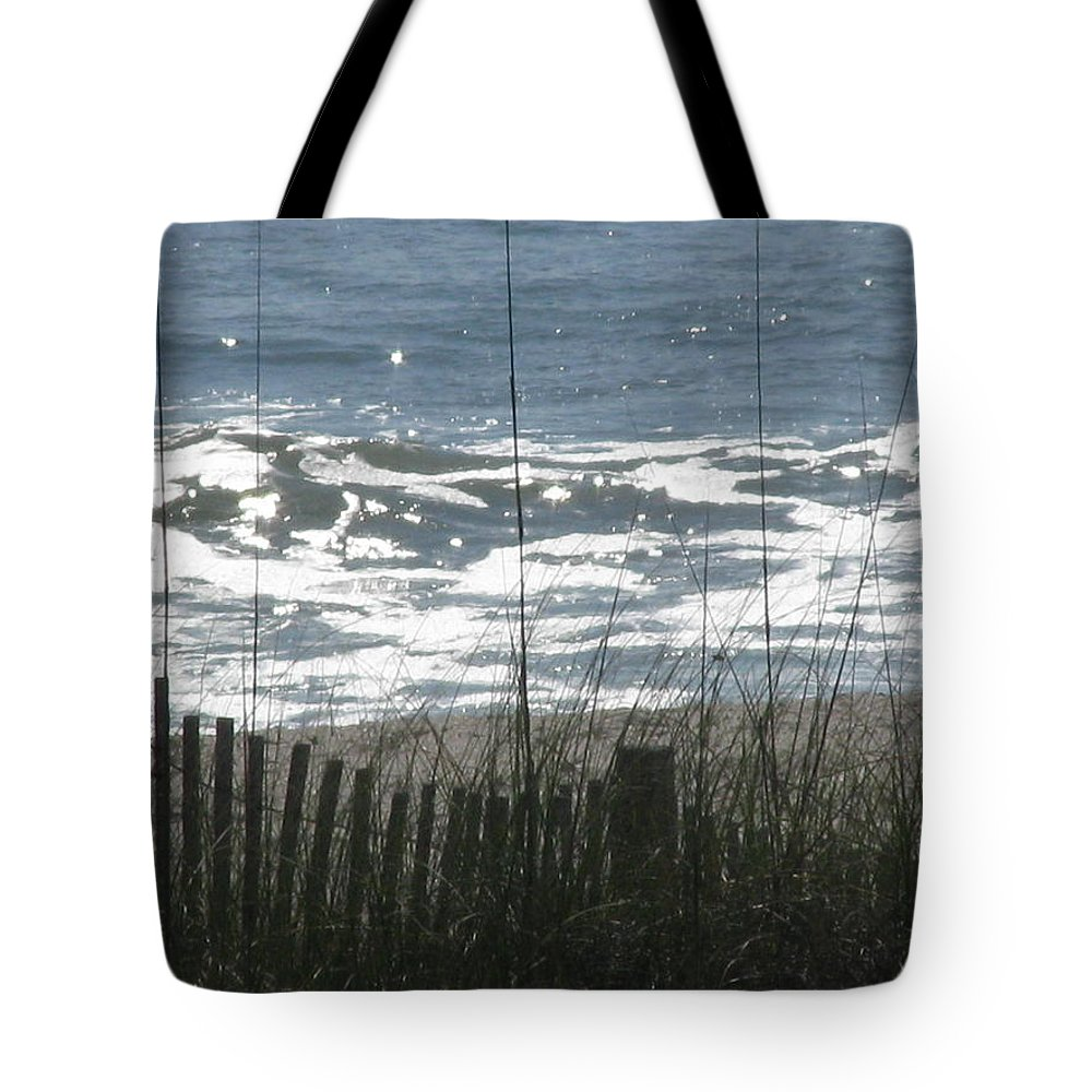 Landscape Tote Bag featuring the photograph Single Dune Fence by Ellen Meakin