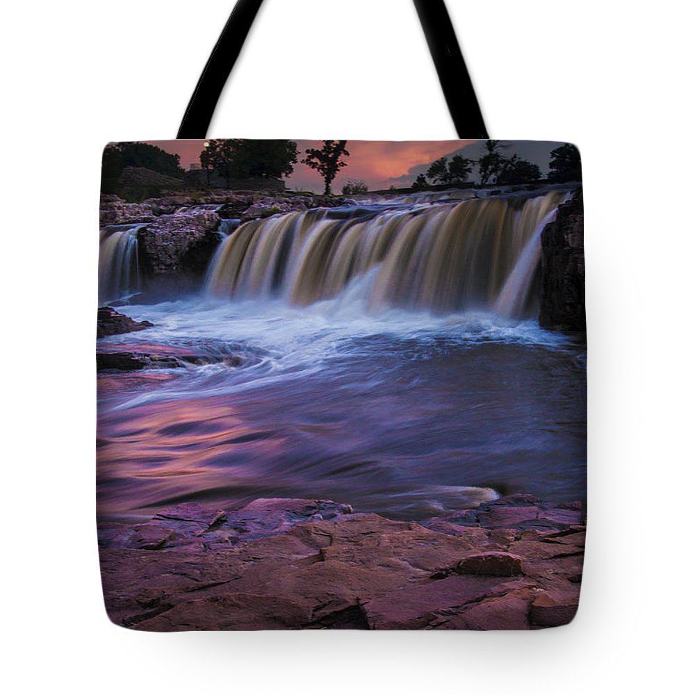 Midwest Tote Bag featuring the photograph Sioux Falls In South Dakota by Randall Nyhof