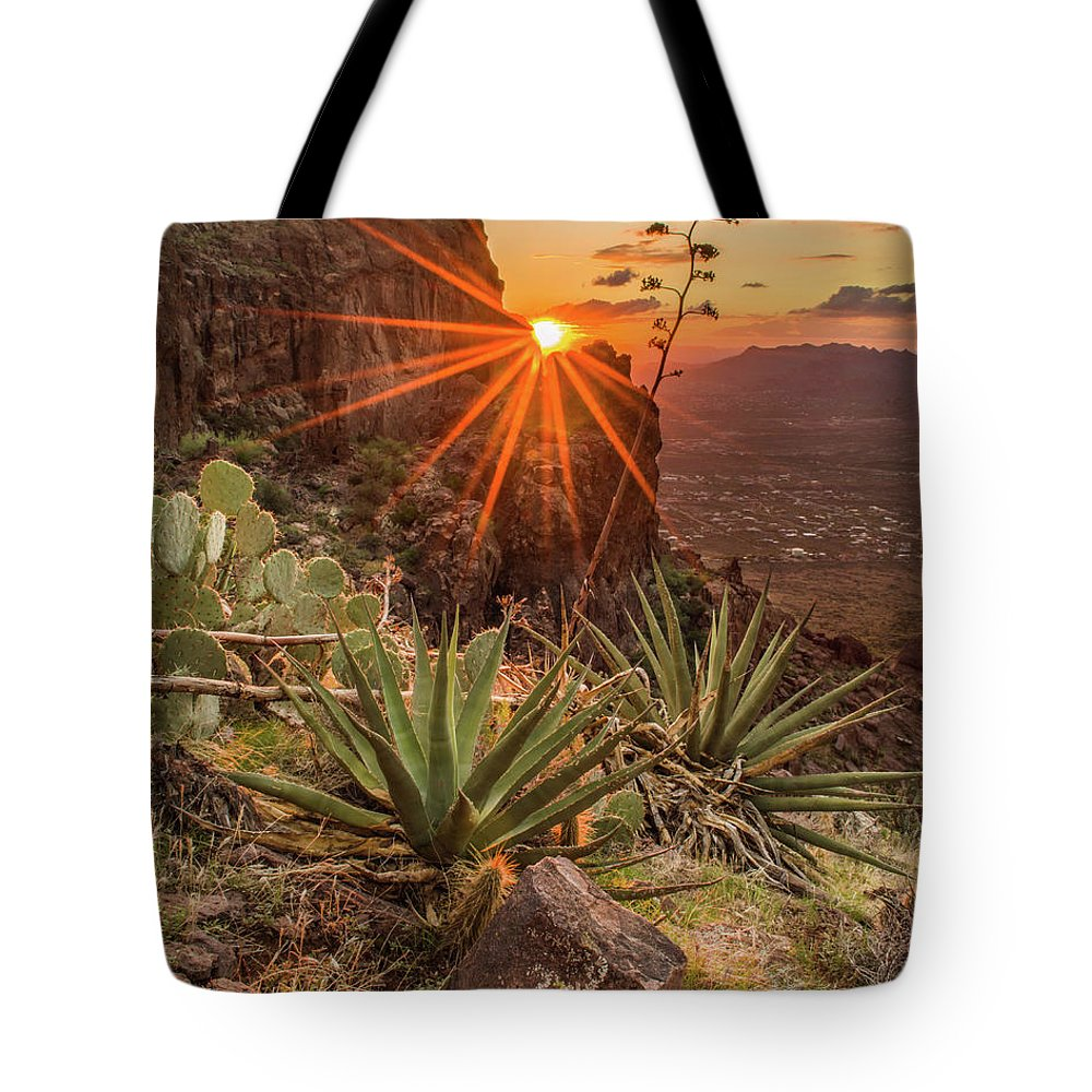 Tranquility Tote Bag featuring the photograph Siphon Draw Magic by J.t