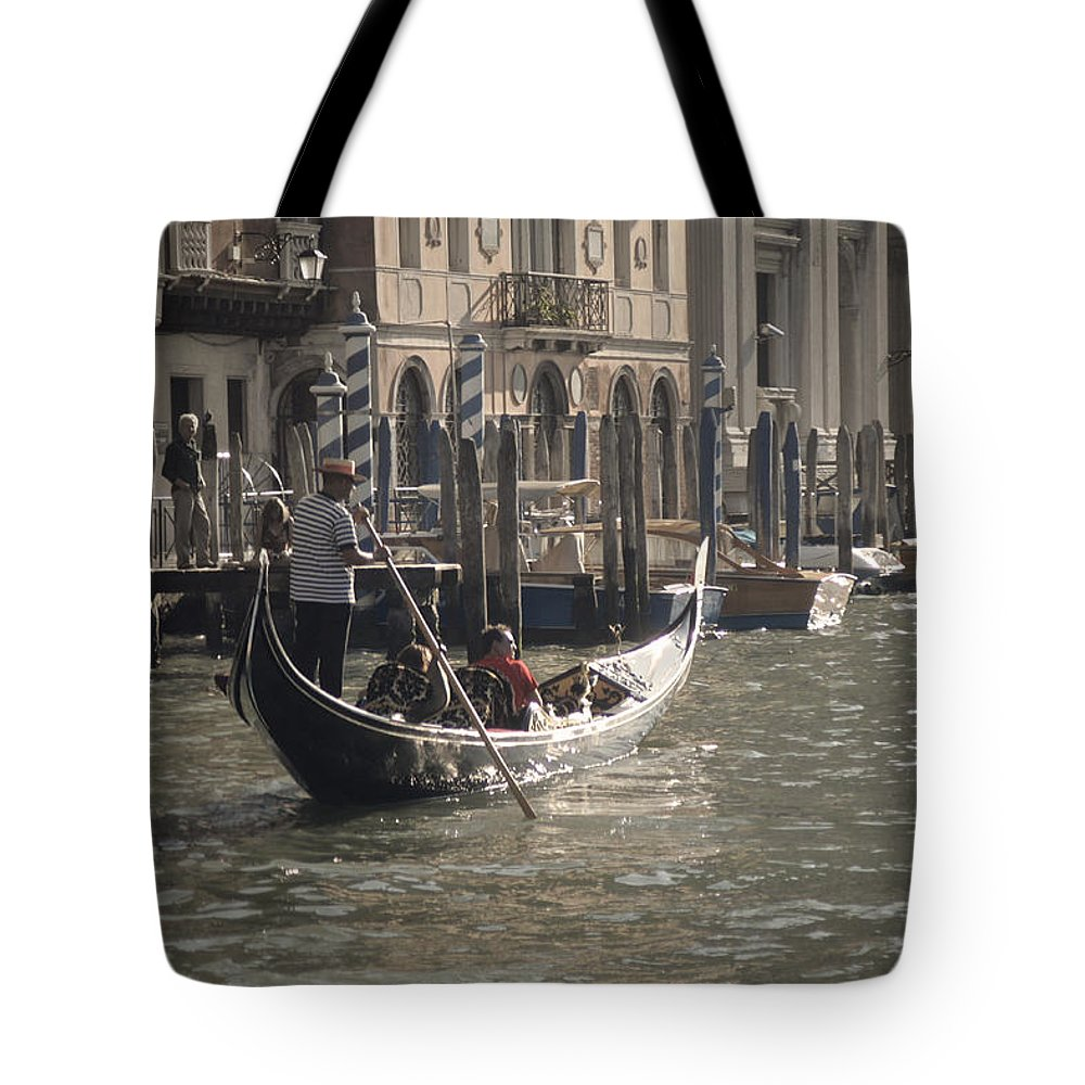 Venice Tote Bag featuring the photograph Site Seers by Christopher Rees