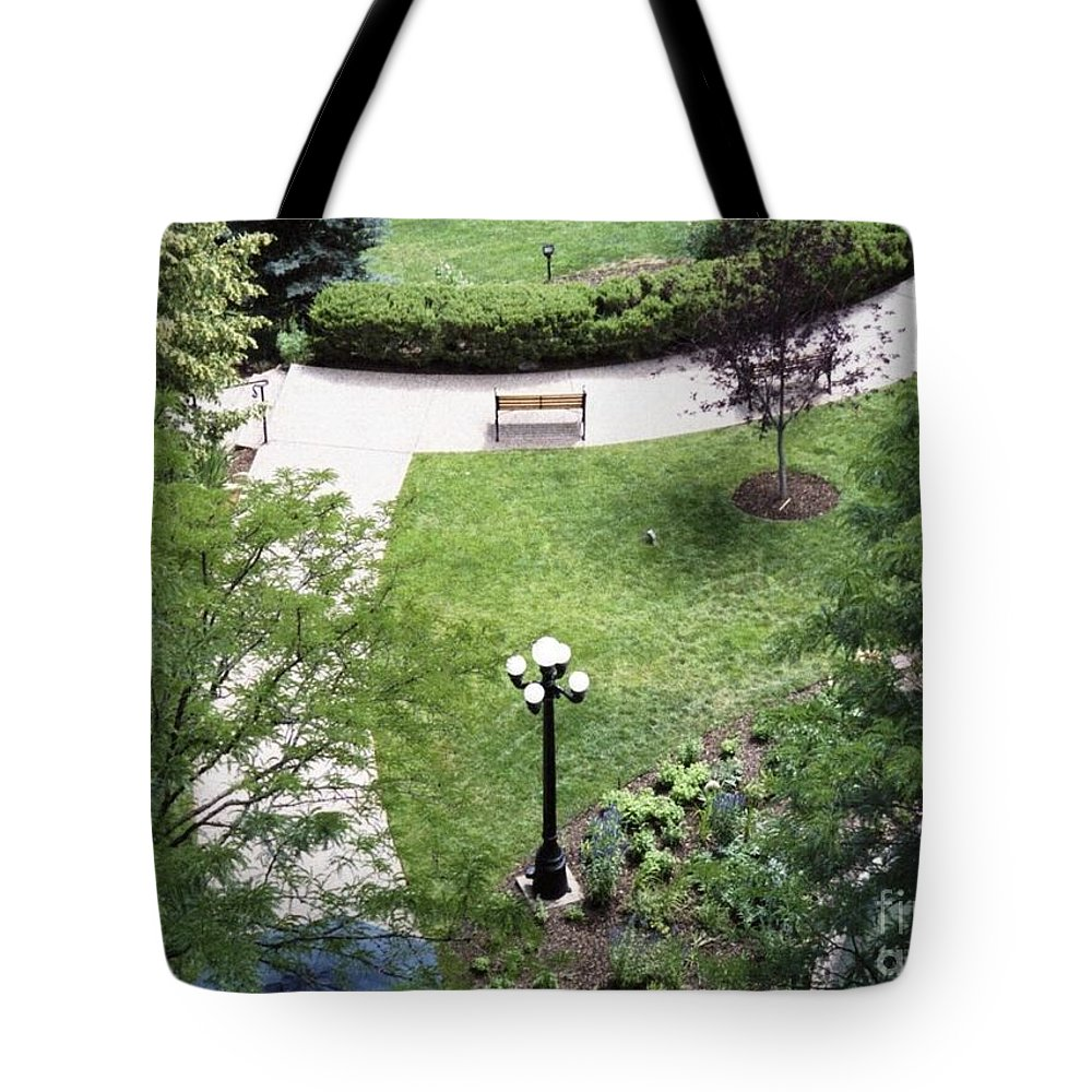 Landscape Tote Bag featuring the photograph Sitting Area by Brandi Maher