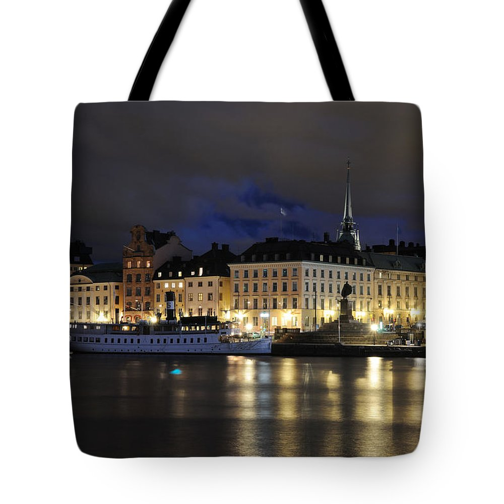 : Night Tote Bag featuring the photograph Skeppsbron At Night by Jeremy Voisey