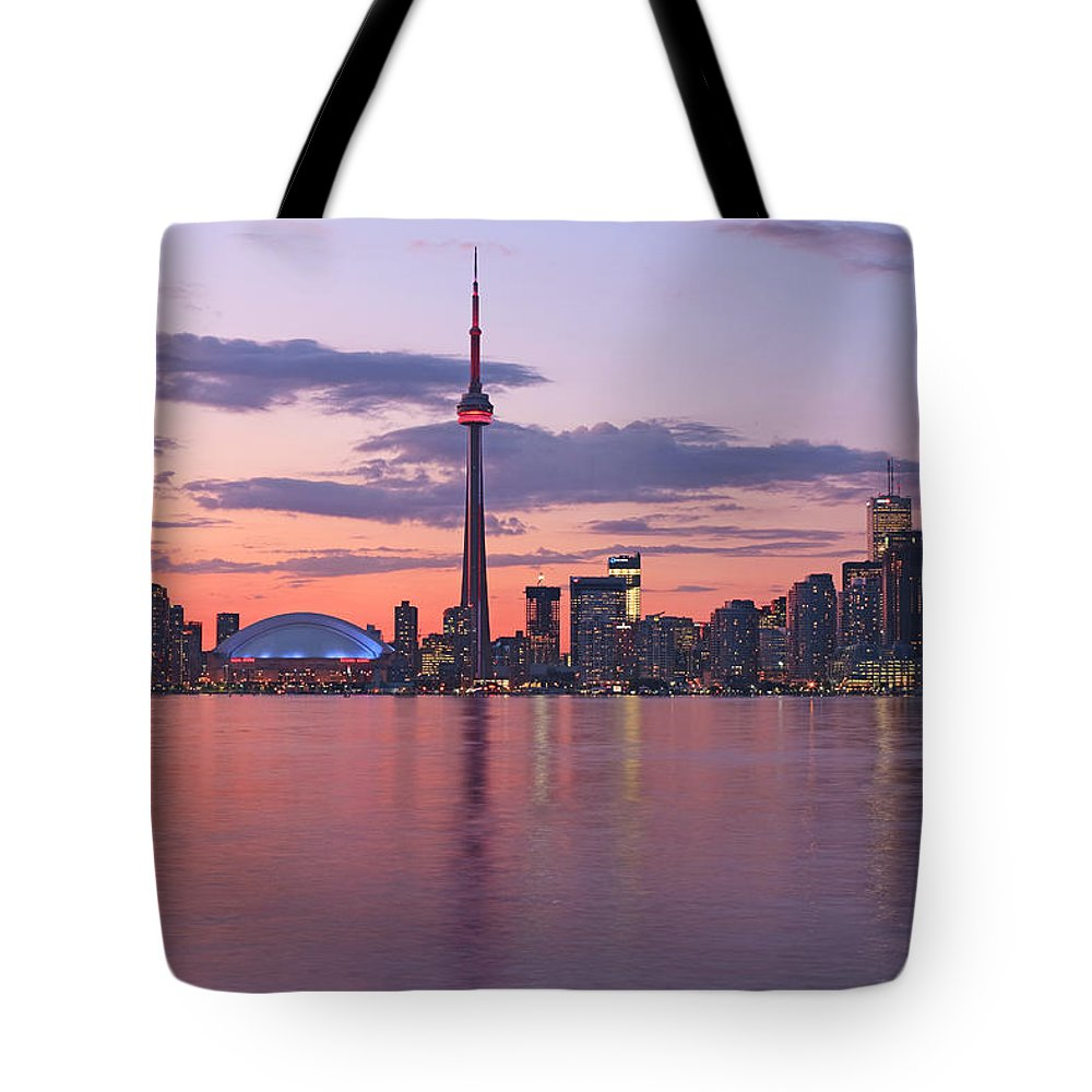Light Tote Bag featuring the photograph Skyline At Dusk From Centre Island by Peter Mintz