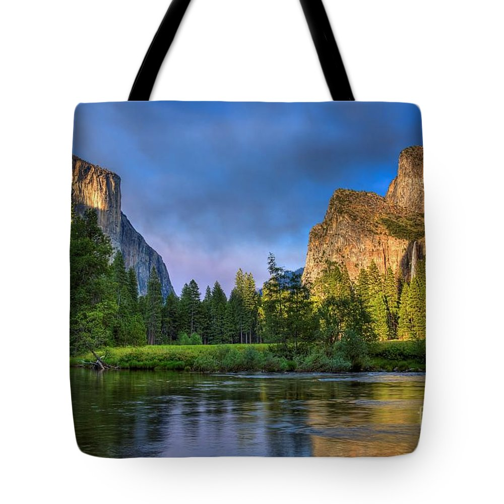 Yosemite Valley Tote Bag featuring the photograph Smokey Valley by James Anderson