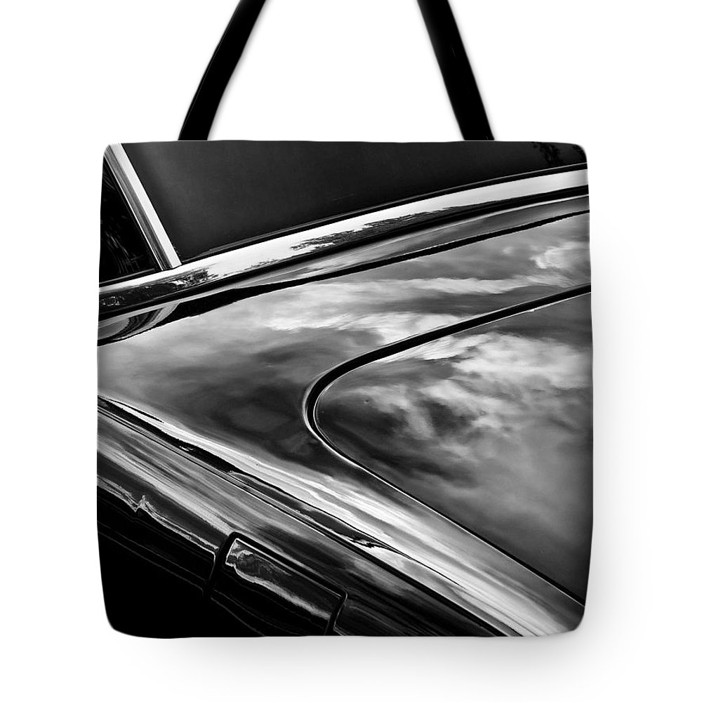 Car Tote Bag featuring the photograph Smooth by John Hansen