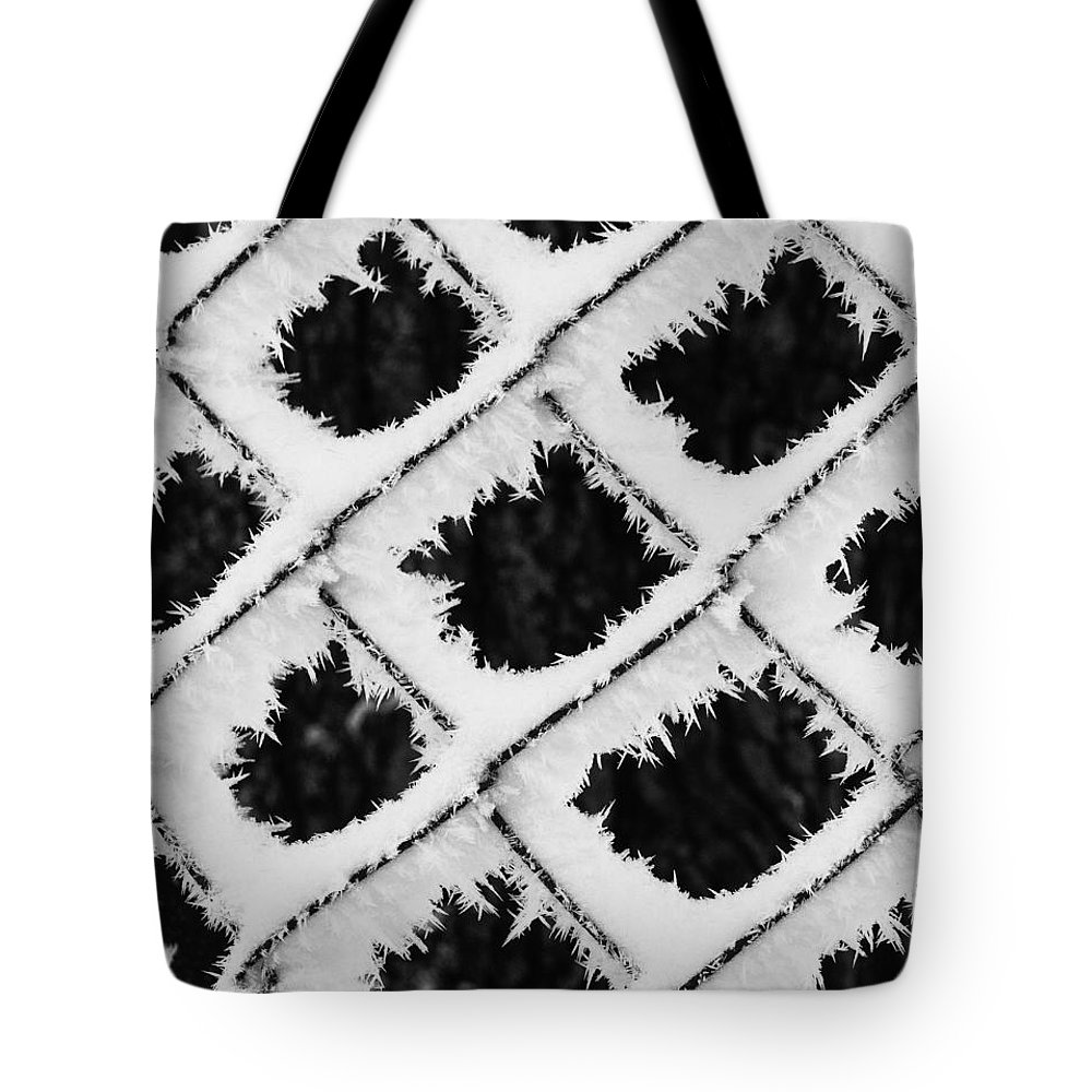 Winter Tote Bag featuring the photograph Snow Pattern by Christine Czernin Morzin